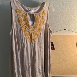 NWT Tank Top Floral Embroidored Blouse